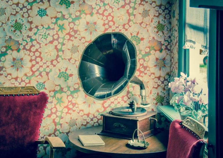 Díky vintage stylu si zařídíte byt velmi levně