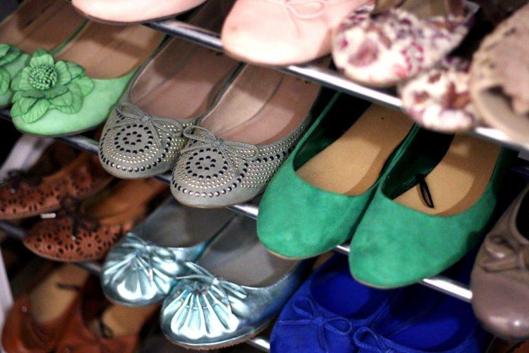 Podle čeho vybrat botník k vám domů?