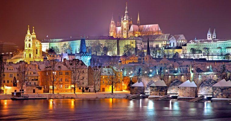 Dobré stěhování Praha se pozná podle toho, že vám umí přestěhovat piano i soustruh