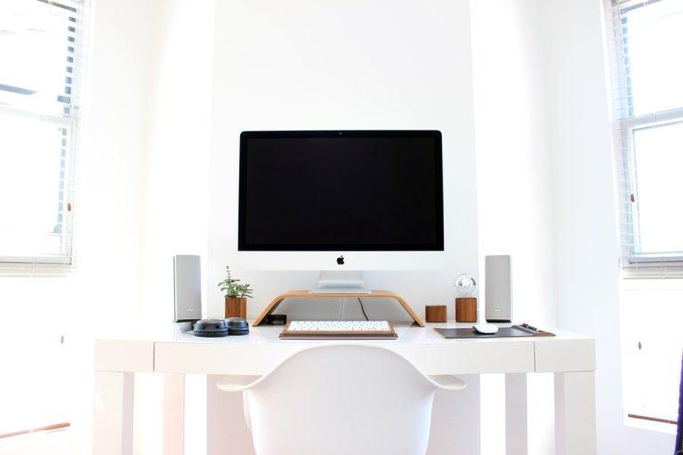 Aby i práce z domova byla produktivní! Vsaďte na kvalitní kancelářský nábytek!