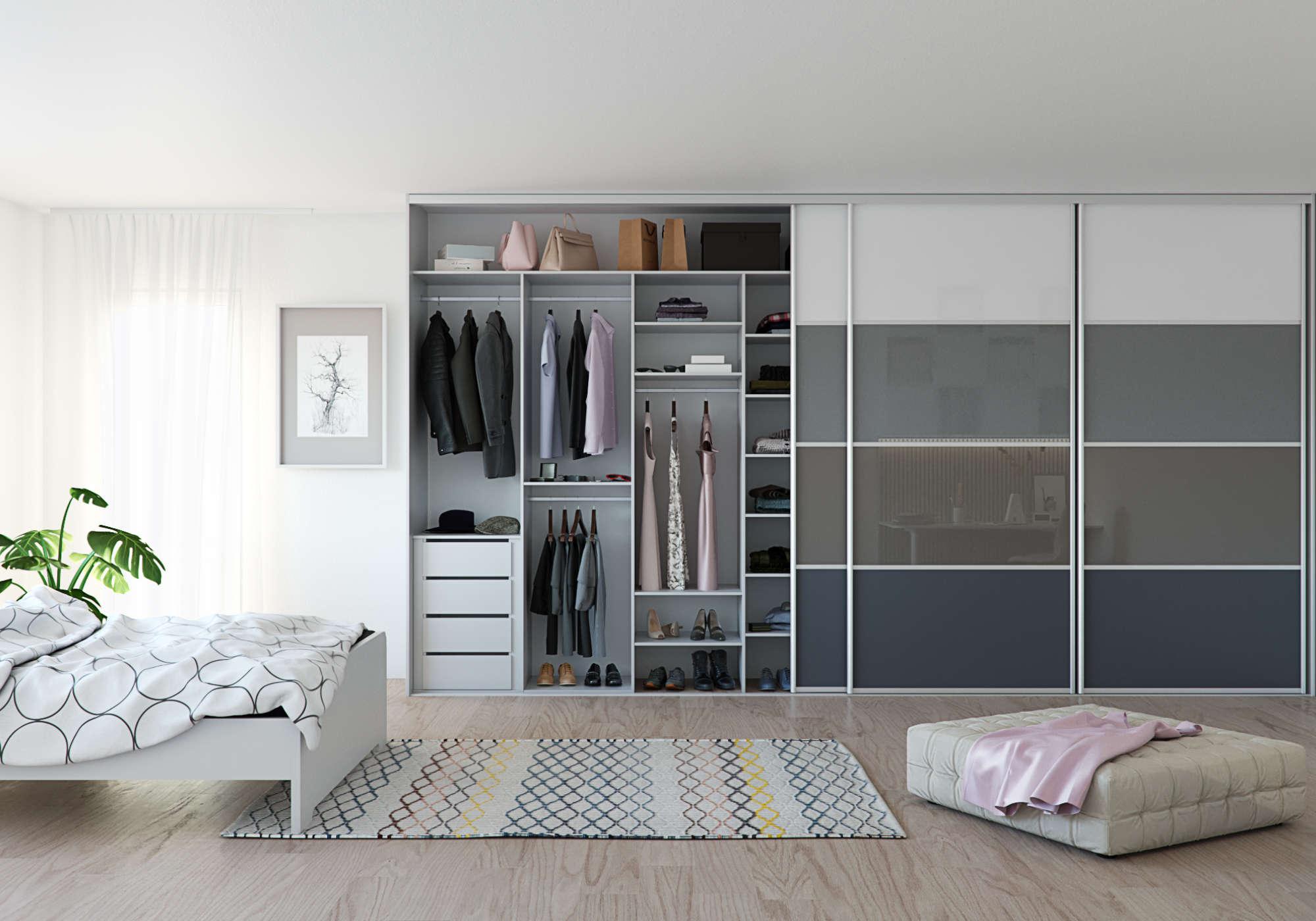 Nejpraktičtějším úložným prostorem jsou vestavěné skříně, které mají posuvné dveře